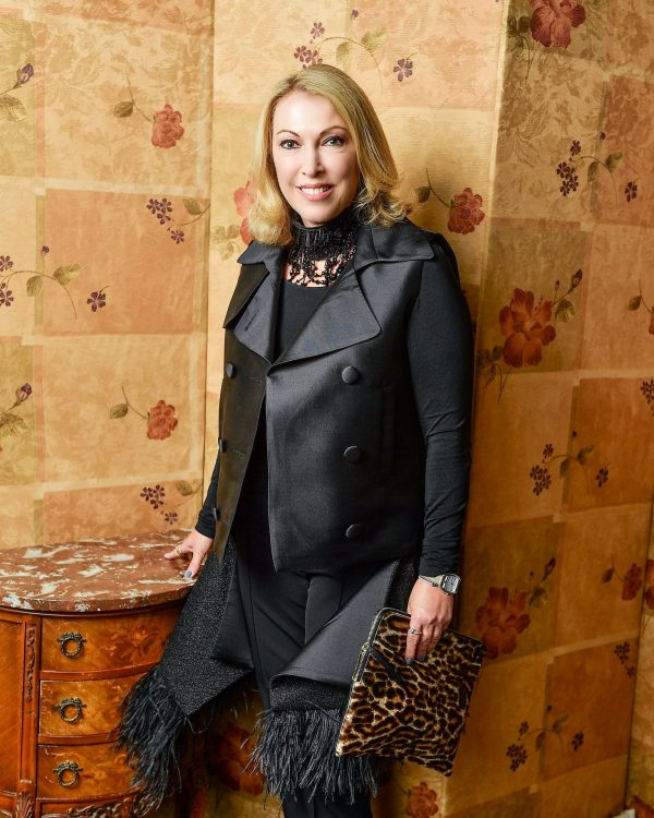 Statement Style That's Never Boring, 40+ Fashion | LISA TANT